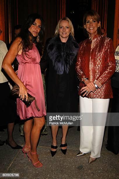 Elizabeth Saltzman Walker Linda Wells and Perri Peltz attend VANITY FAIR Tribeca Film Festival Party hosted by Graydon Carter and Robert DeNiro at...