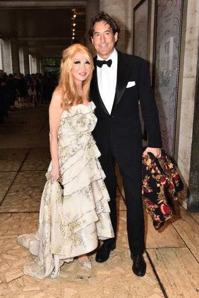 Elizabeth Sergerstom Attends ABT Gala Photos And Images