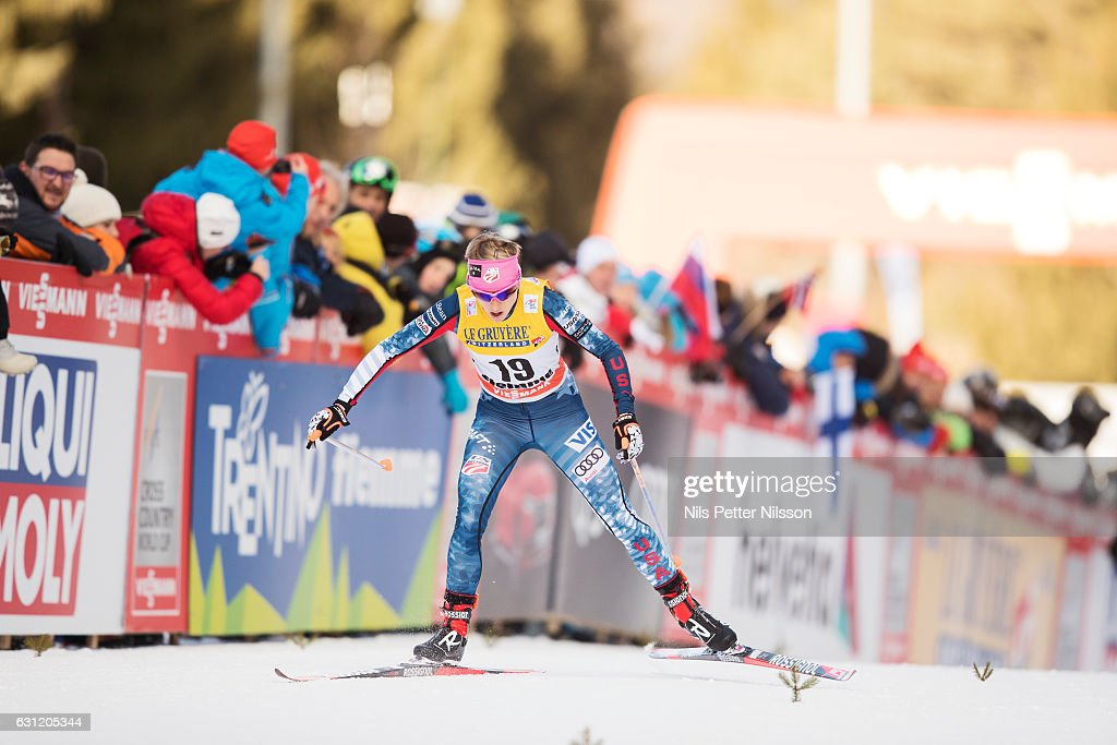 Elizabeth Stephen of USA competes during the women's 9 km F Pursuit on January 8, 2017 in Val di Fiemme, Italy.
