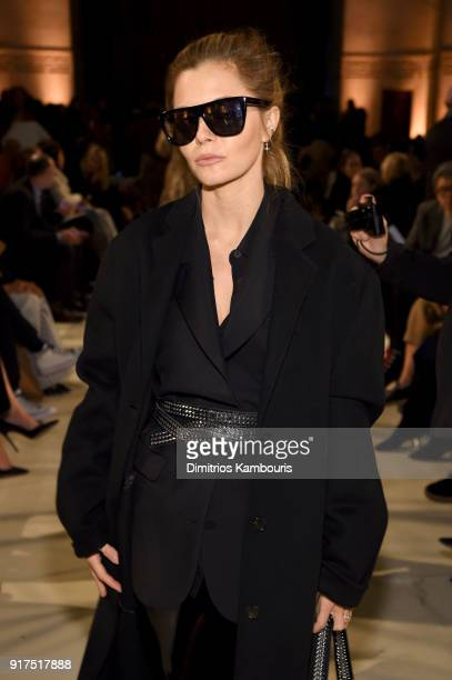 Elizabeth Sulcer attends the Oscar De La Renta fashion show during New York Fashion Week The Shows at The Cunard Building on February 12 2018 in New...