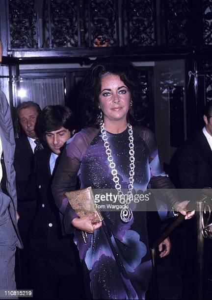 Elizabeth Taylor and boyfriend Henry Wynberg leaving the 21 Club