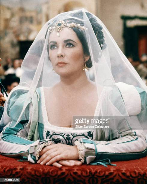 Elizabeth Taylor British actress dressed in period costume in a publicity still issued for the film adaptation of William Shakespeare's 'The Taming...