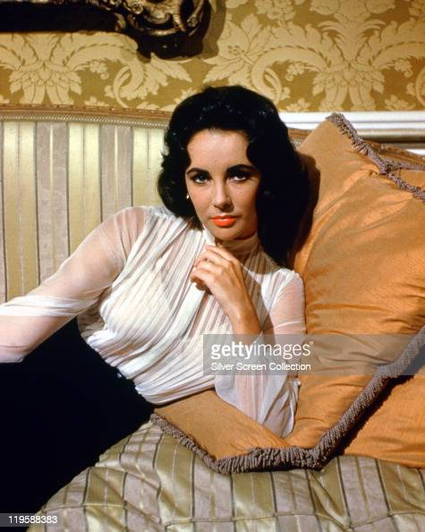 Elizabeth Taylor British Actress Wearing A Sheer White