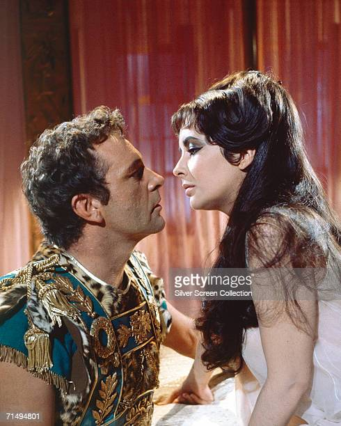 Elizabeth Taylor in the title role and Richard Burton as Marc Antony in 'Cleopatra' directed by Joseph L Mankiewicz 1963