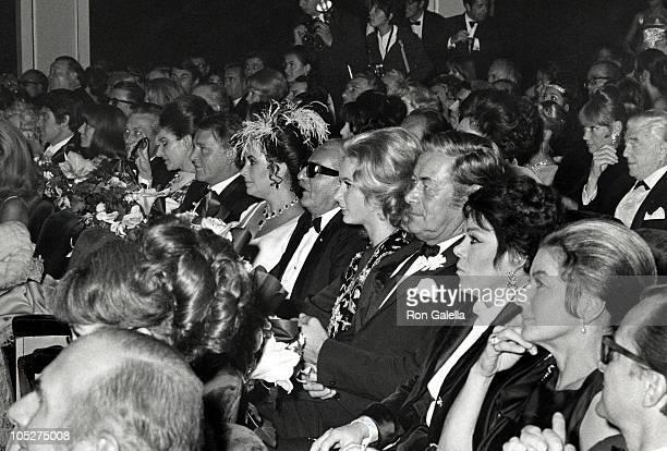 Elizabeth Taylor Richard Burton Rex Harrison And Wife Maria Callas And Ingrid Bergman