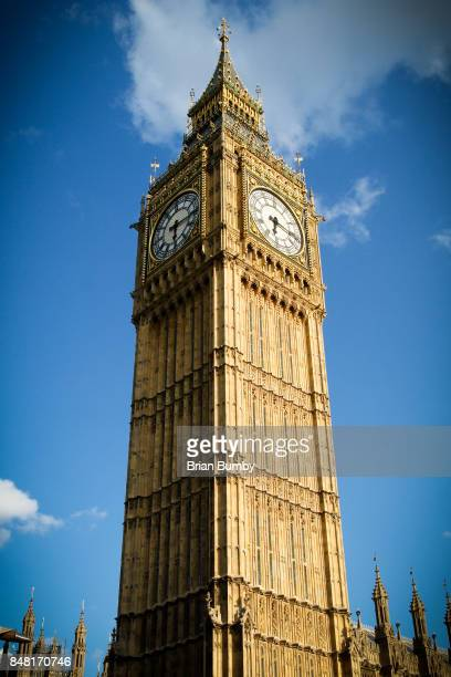 elizabeth tower (big ben), houses of parliament, london - big ben stockfoto's en -beelden
