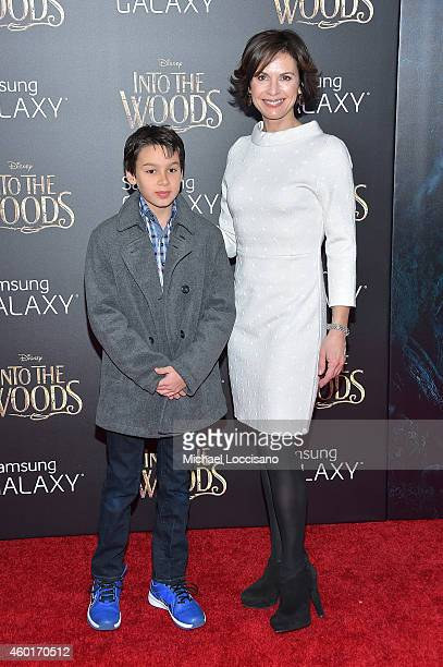 Elizabeth Vargas attends the Into The Woods World Premiere at Ziegfeld Theater on December 8 2014 in New York City