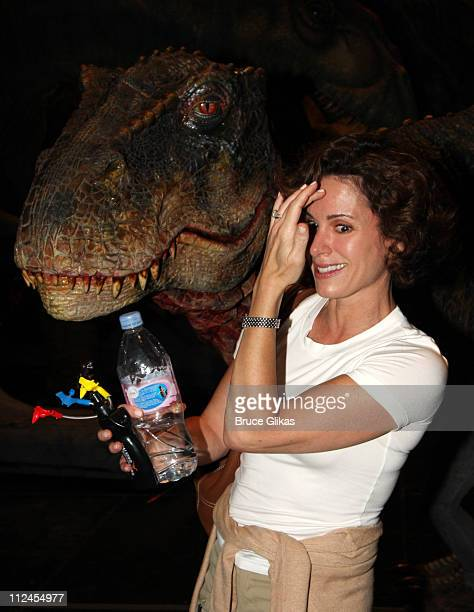 COVERAGE* Elizabeth Vargas meets backstage wth 'The Baby TRex Dinosaur/Creature' on the Opening night of 'Walking with Dinosaurs The Live Experience'...