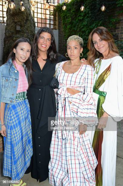 Elizabeth von der Goltz Rosie Assoulin Poppy Ajudha and Alison Loehnis attend the NETAPORTER dinner hosted by Alison Loehnis to celebrate the launch...