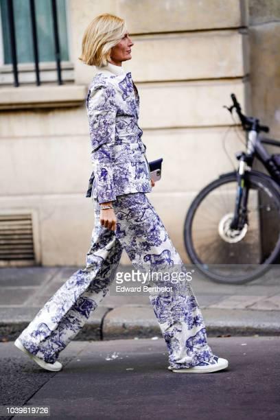 Elizabeth von Guttman outside Jacquemus during Paris Fashion Week Womenswear Spring/Summer 2019 on September 24 2018 in Paris France
