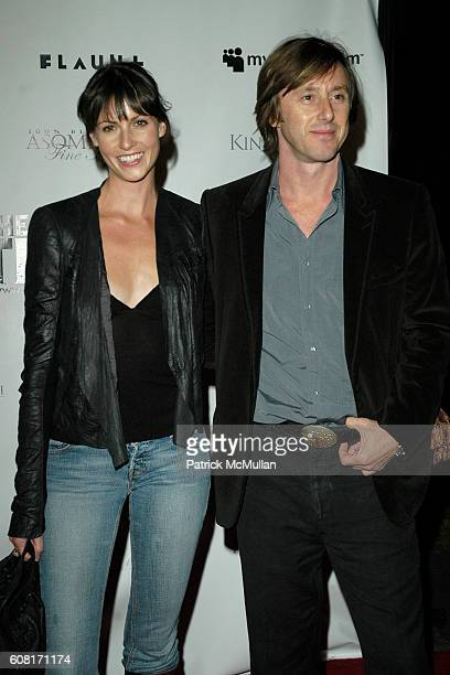 Elizabeth Weber and Jake Weber attend The Tripper Los Angeles Premiere Arrivals at Hollywood Forever Cemetary on April 11 2007 in Hollywood CA