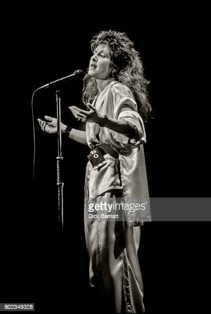 Elkie Brooks performing on stage, The Dominion Theatre, London 10th December 1978.