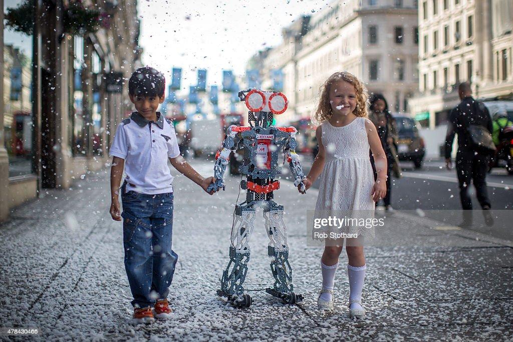Hamleys Make Their Christmas 2015 Toy Predictions : News Photo