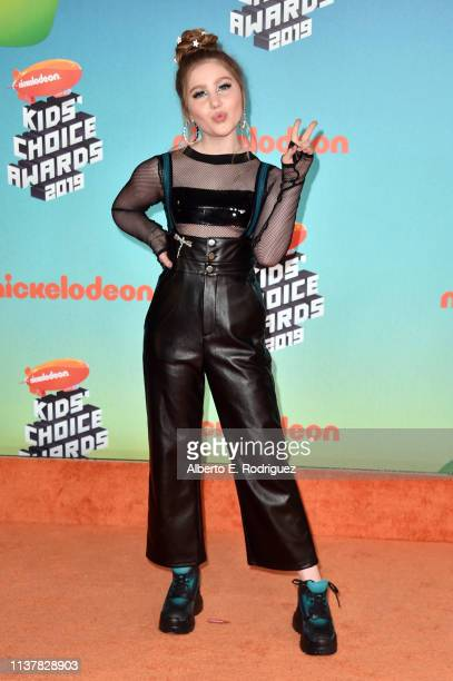 Ella Anderson attends Nickelodeon's 2019 Kids' Choice Awards at Galen Center on March 23 2019 in Los Angeles California