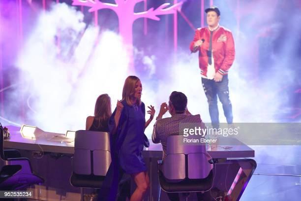 Ella Endlich Carolin Niemczyk Mustafa Guendogdu 'Mousse T' Lukas Otte during the semi finals of the TV competition 'Deutschland sucht den Superstar'...
