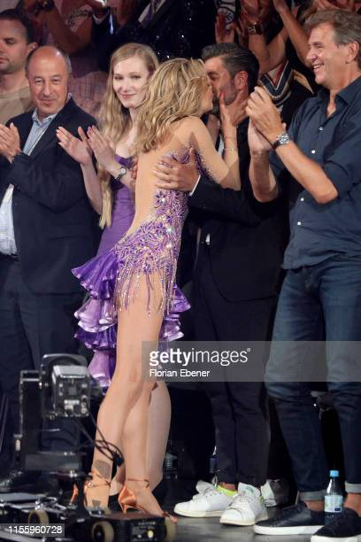 Ella Endlich kisses her partner Marius Darschin during the finals of the 12th season of the television competition Let's Dance on June 14 2019 in...