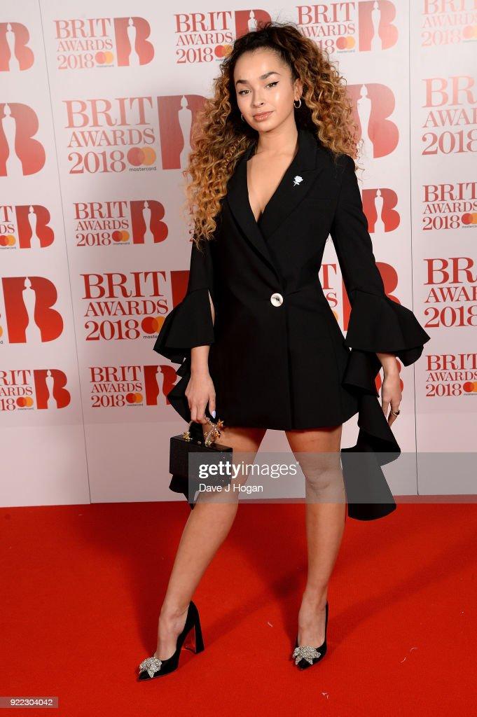 The BRIT Awards 2018 - VIP Arrivals : News Photo
