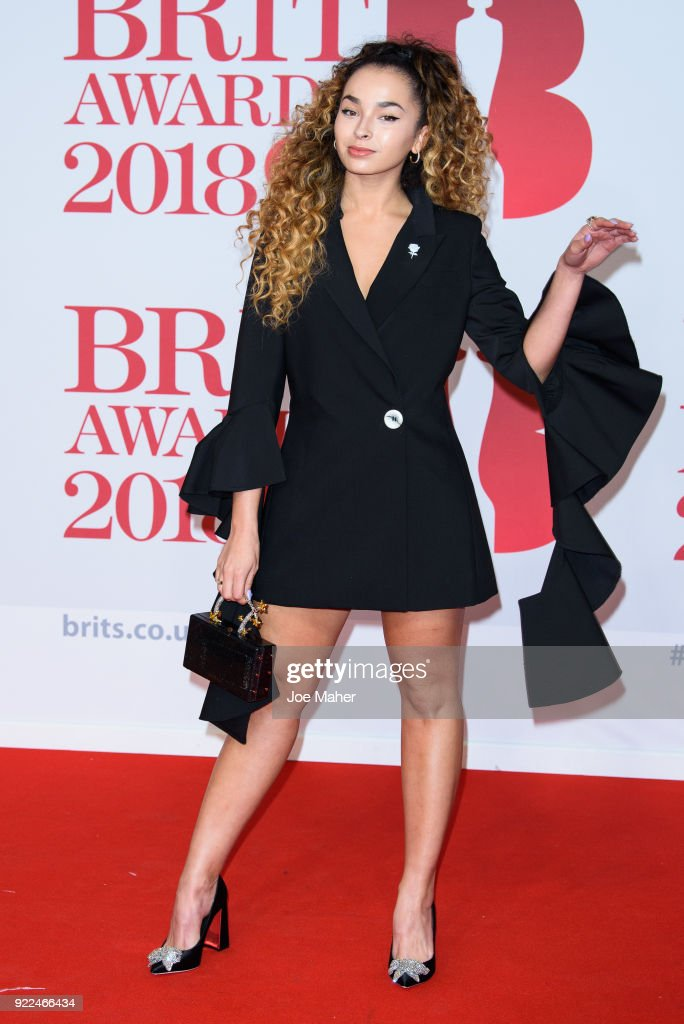 The BRIT Awards 2018 - Red Carpet Arrivals : ニュース写真