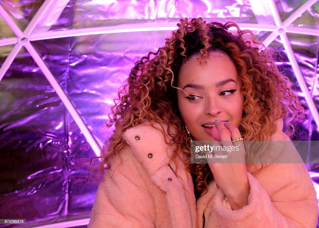 Ella Eyre attends the EOS Lip Balm Winter Lips Party at Southbank Centre on November 14, 2017 in London, England.