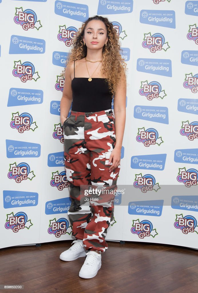 Ella Eyre poses at Girlguiding UK's Big Gig at SSE Arena on October 7, 2017 in London, England.