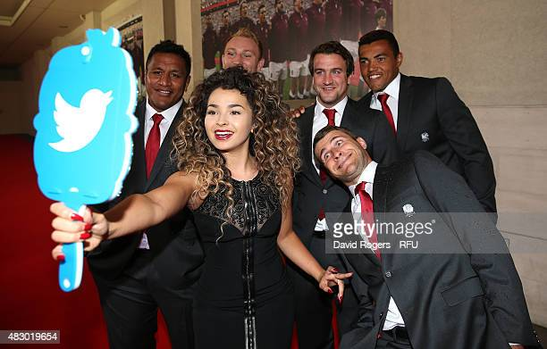 Ella Eyre takes a selfie with the Twitter mirror with players Mako Vunipola Matt Kvesic Lee Dickson Luther Burrell and Richard Wigglesworth prior to...