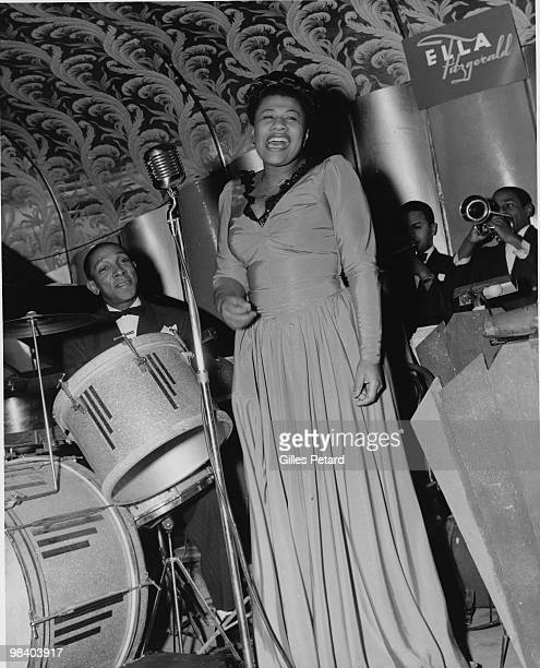 Ella Fitzgerald performs on stage at the Savoy Ballroom in 1940 in the United States