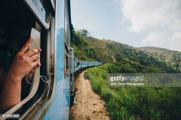 ella train - sri lanka stock pictures, royalty-free photos & images