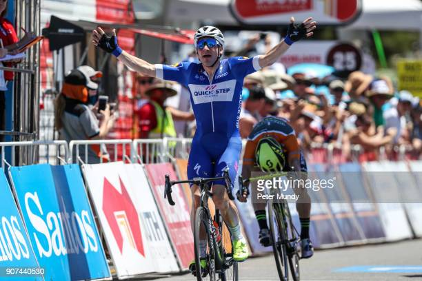 Ella Viviani of QUICKSTEP FLOORS out sprinted Caleb Ewan of MitcheltonSCOTT to win Stage three from Glenelg to Victor Harbour at the Santos Tour Down...