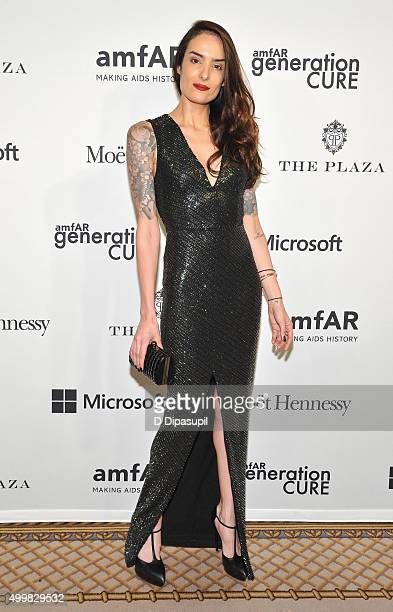 Elle Dee attends 2015 amfAR generationCURE Holiday Party at Oak Room on December 3 2015 in New York City