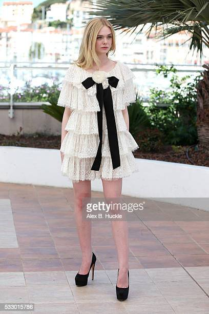 Elle Fanning attends the 'The Neon Demon' photocall during the 69th annual Cannes Film Festival at Palais des Festivals on May 20 2016 in Cannes...