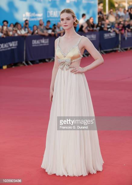 """Elle Fanning poses during the """"Galvetston"""" Premiere during the 44th Deauville US Film Festival on September 1, 2018 in Deauville, France."""