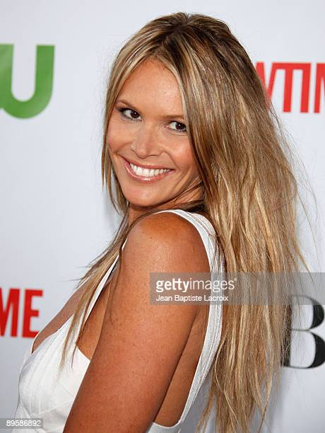 Elle Macpherson arrives at the 2009 TCA Summer Tour CBS CW and Showtime AllStar Party at the Huntington Library on August 3 2009 in Pasadena...