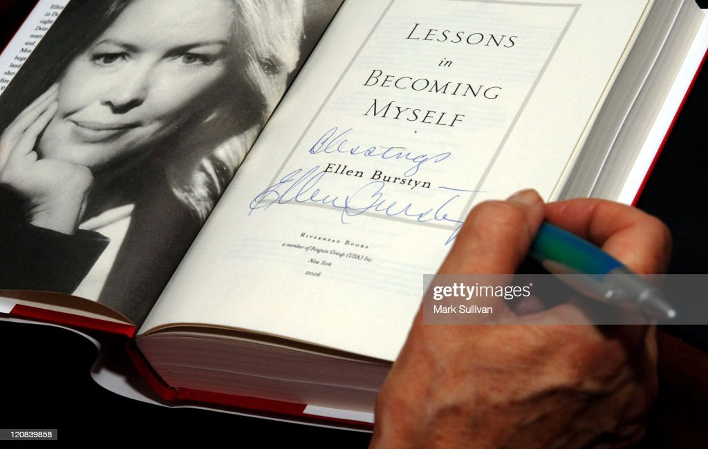 Ellen Burstyn signs her new book 'Lessons in Becoming Myself'