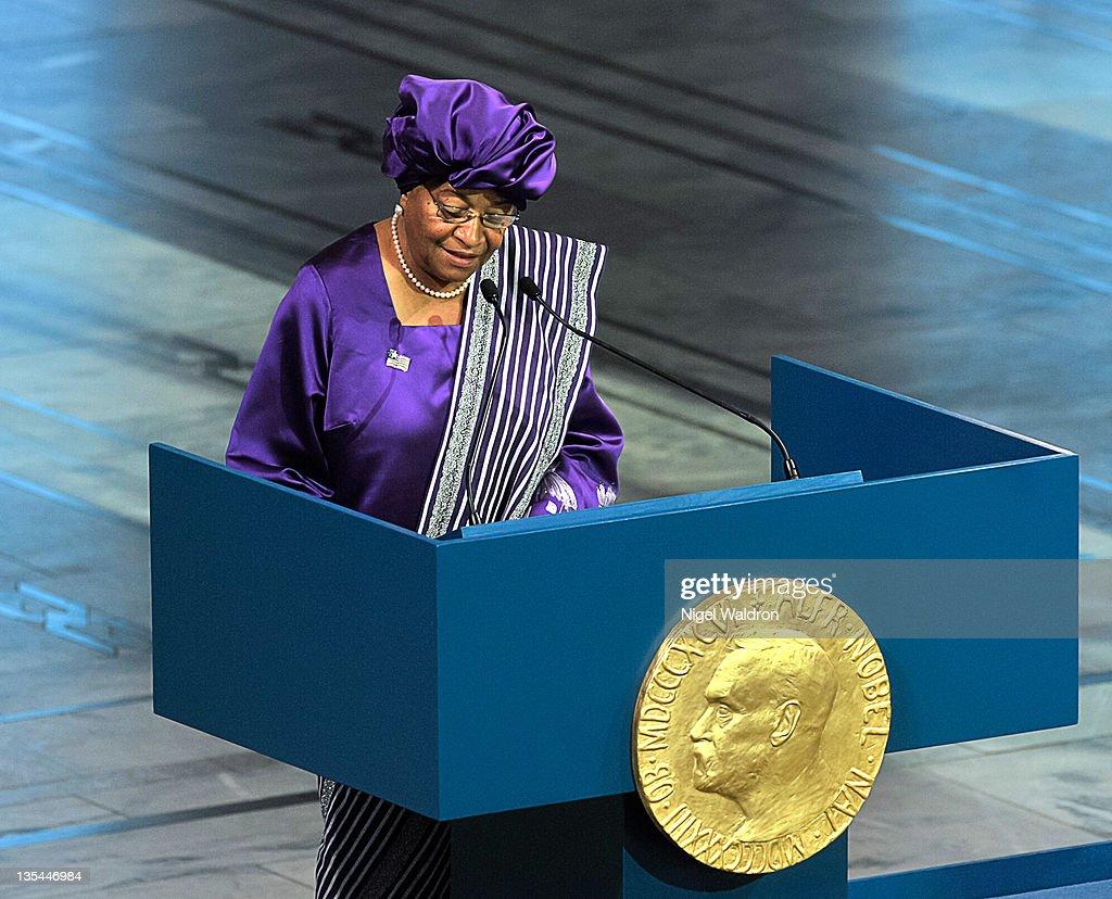 Nobel Peace Prize Award Ceremony 2011 : News Photo