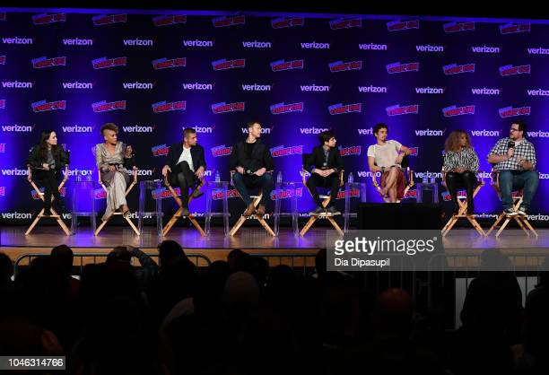 Ellen Page Emmy RaverLampman David Castaneda Tom Hopper Aidan Gallagher Robert Sheehan Mary J Blige and Cameron Britton speak onstage at the Netflix...