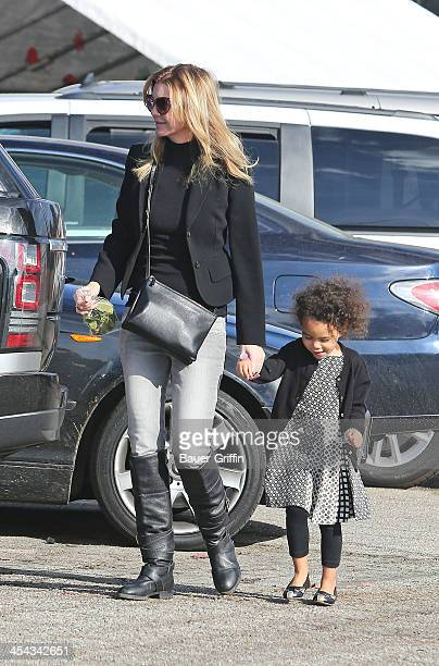 Ellen Pompeo and her daughter Stella Ivery are seen buying a Christmas Tree on December 08 2013 in Los Angeles California