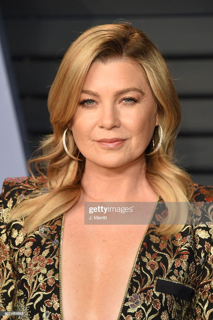 Ellen Pompeo attends the 2018 Vanity Fair Oscar Party hosted by Radhika Jones at the Wallis Annenberg Center for the Performing Arts on March 4, 2018 in Beverly Hills, California.