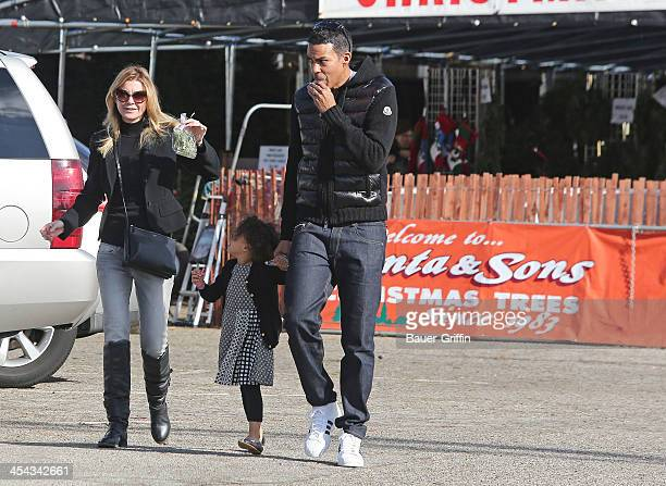 Ellen Pompeo Chris Ivery and their daughter Stella Ivery are seen buying a Christmas Tree on December 08 2013 in Los Angeles California