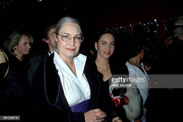 Ellen Schwiers Tochter Katerina Jacob Veranstaltung Mathäser Filmball 1989 München Schauspielerin Brille