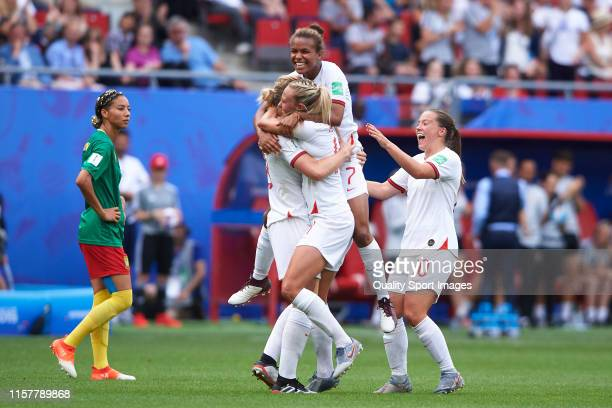 Ellen White of England celebrates after scoring her team's second goal with her teammates during the 2019 FIFA Women's World Cup France Round Of 16...