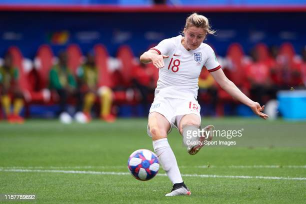 Ellen White of England shots to goal during the 2019 FIFA Women's World Cup France Round Of 16 match between England and Cameroon at Stade du Hainaut...