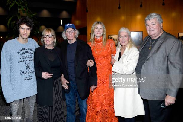 Ellery Harper Andrea Beckett Bruce Dern Laura Dern Diane Ladd and Robert Charles Hunter attend the Premiere of Netflix's Marriage Story at DGA...