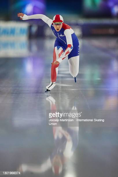 Ellia Smeding of Great Britain competes in the Ladies 1000m during day 3 of the ISU World Speed Skating Championships at Thialf on February 13, 2021...