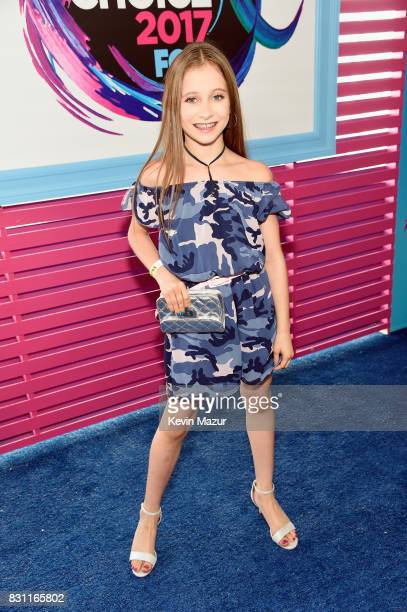 Elliana Walmsley attends the Teen Choice Awards 2017 at Galen Center on August 13 2017 in Los Angeles California