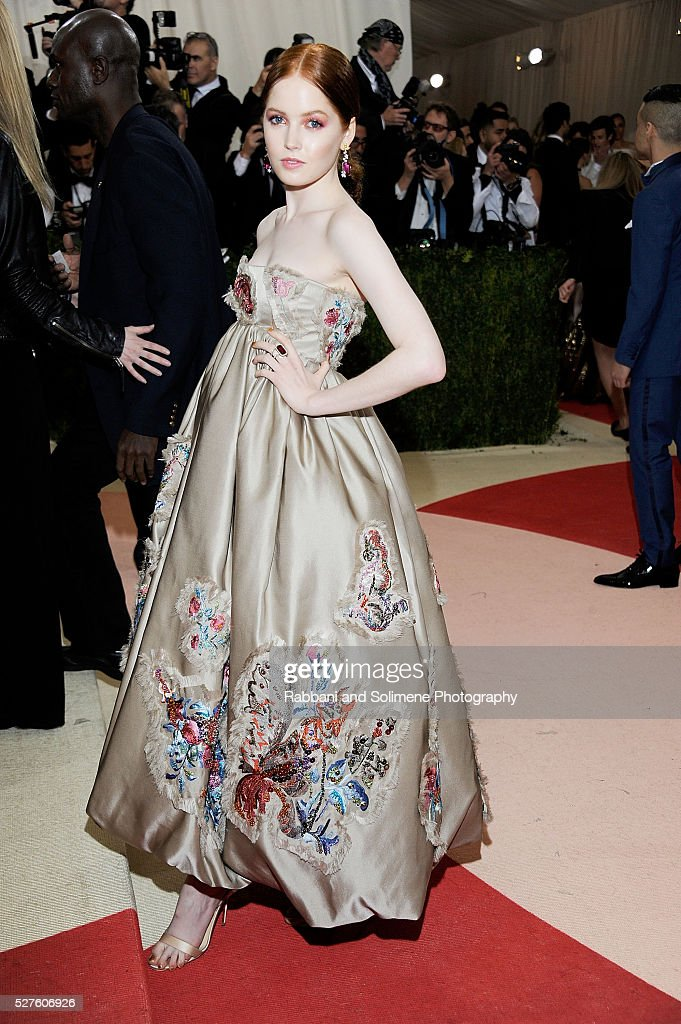 Ellie Bamber attends 'Manus x Machina: Fashion In An Age Of Technology' Costume Institute Gala at Metropolitan Museum of Art on May 2, 2016 in New York City.