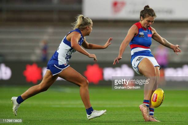 Ellie Blackburn of the Bulldogs kicks during the round three AFLW match between the North Melbourne Kangaroos and the Western Bulldogs at the...