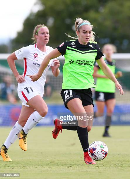 Ellie Carpenter of Canberra in action during the round 11 WLeague match between Canberra United and the Western Sydney Wanderers at McKellar Park on...
