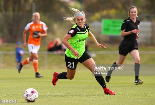 Ellie Carpenter of Canberra in action during the round six WLeague match between Canberra United and the Brisbane Roar at McKellar Park on December 3...