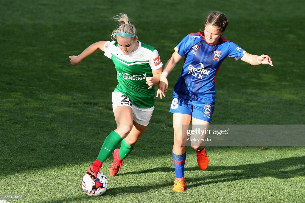 Ellie Carpenter of Canberra United contests the ball against Sophie Nenadovic of the Jets during the round four W-League match between Newcastle and Canberra on November 19, 2017 in Newcastle, Australia.