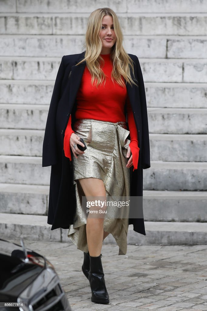 Stella McCartney : Outside Arrivals  - Paris Fashion Week Womenswear Spring/Summer 2018